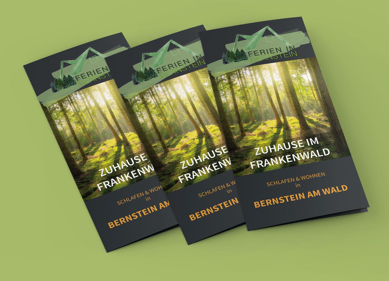 Printmedien Flyergestaltung Naturverbunden outdoor Urlaub Wald