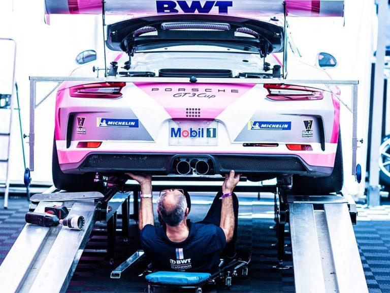 Werbeshooting Pixelbäcker Motorsport Porsche Werbefotografie Mechaniker